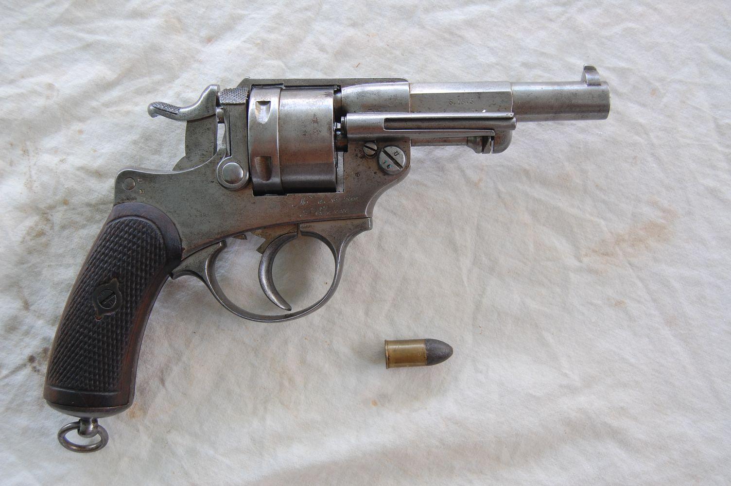 D 1 armes francaises poing - La manufacture saint etienne ...